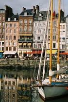 Le port d'Honfleur par Olivier SCHAEFFER sur L'Internaute