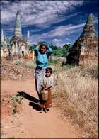 Sur un chemin de Birmanie - Chantal TOGNI