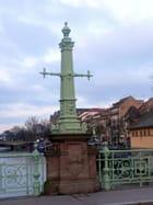 Sur le pilier - Catherine BURG