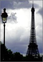 Nuages et tour Eiffel - danièle CARIE