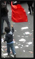 Le jeune porte-drapeau - Yvette GOGUE