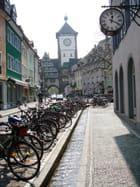 Rue pittoresque dans la vieille ville - Sylviane CHAUVIN
