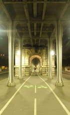 Sous le viaduc de Passy - Gérard ROBERT