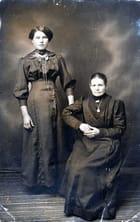 Grand-mère avec Julie - Denise WAUTERS