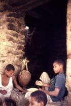 Enfants à la fontaine - Gérard WOLFF