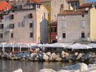 Vieux immeubles sur le port - serge piguet