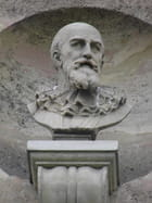 Patrimoine alpicois : Bas-reliefs du Pavillon Sully - Gérard ROBERT