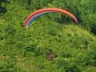 Parapente en montagne. par jean-marc puech sur L'Internaute