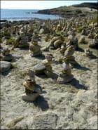 Cairns à la Pointe de la Torche par Yvette GOGUE sur L'Internaute
