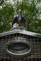 Sigle Ford par Franck BOUVIER sur L'Internaute