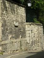La plus ancienne fontaine publique du Pecq par Gérard ROBERT sur L'Internaute