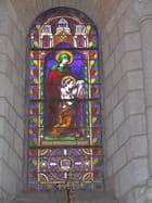 Vitrail de l'église de Lusignan par Patrice PLANTUREUX sur L'Internaute