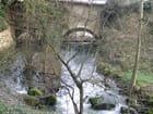 Le ruisseau sous l; arche du pont - Patrice PLANTUREUX