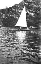 Voilier sur le lac - Paul HELLA