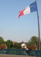Le drapeau sur le pont - Gérard ROBERT