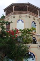 un immeuble du front de mer - Genevieve LAPOUX