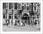 Paris-Plages 2013. Beach-Volley à l'Hôtel-de-Ville... - Yvette GOGUE