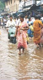 Mousson en inde. et la vie continue - Yvette GOGUE
