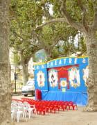 Les petites chaises rouges - Catherine BURG