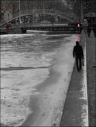 Marcher le long du canal Saint-Martin glacé - Yvette GOGUE