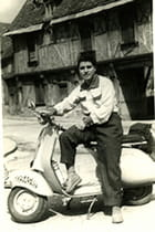 Ma vespa et moi en 1955 - Floréal IBAÑEZ