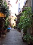 Vieille rue par Gilbert HEUILLARD sur L'Internaute