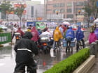 À vélo sous la pluie ...