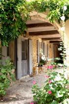 arcade fleurie de Labastide d'Armagnac