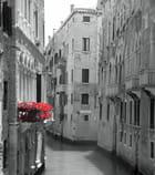 Balcon fleuri vénitien