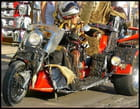 Biker inégalée sur sa harley