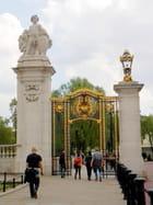 Buckingham Palace (3)