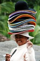 Chapeau bas - - -