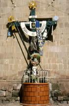 Christ Façade de la cathédrale de Puno