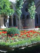 Cloitre fleuri