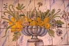 Corbeille de fruits et de fleurs