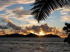Coucher de soleil sur Praslin depuis Anse Sévère, La Digue