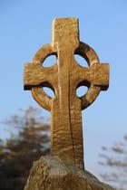 Croix celtique en bois