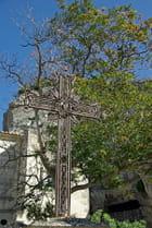 Croix de la place St Vincent, les Baux de Provence
