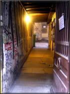 Dans le secret des portes entrebâillées  (4)