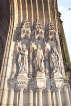 Détail du magnifique portail de Notre-Dame