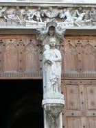 Détail portail église Ambronay