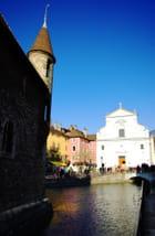 Eglise et canal