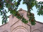 Eglise et cerises