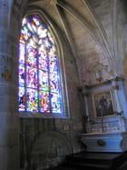 Eglise Saint Sauveur (10) Chapelle et vitraux