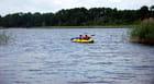 en canoë sur le lac