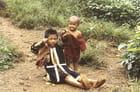 Enfant au lance pierre