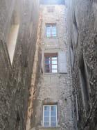 Entre les murs du vieux Chambéry