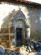 Entrée de la chapelle de Tabaux