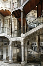 Escaliers cour intérieure
