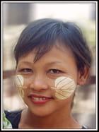 Femme de Mandalay